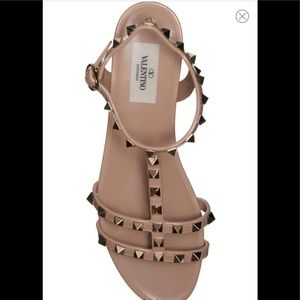Valentino Rockstud Sandal Size 38!!!